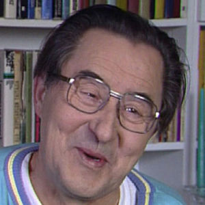 Esko Hukkanen kotonaan vuonna 1992.