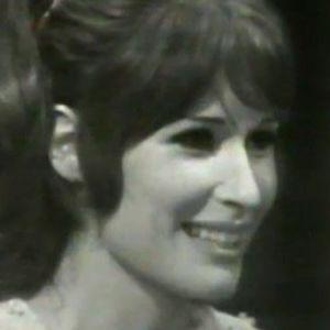 Tamara Lund haastateltavana Jatkoaika-ohjelmassa 1969.