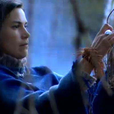 Niina-Matilda Juhola (Kuusisto) ohjelmassa Tosi tarina: Elämänpolulla henkien kanssa (2008)