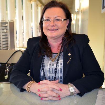 Kansanedustaja Anne Louhelainen.