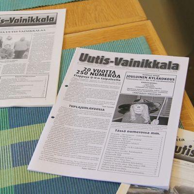 Uutis-Vainikkala-lehtiä