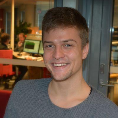 Mikael Saari