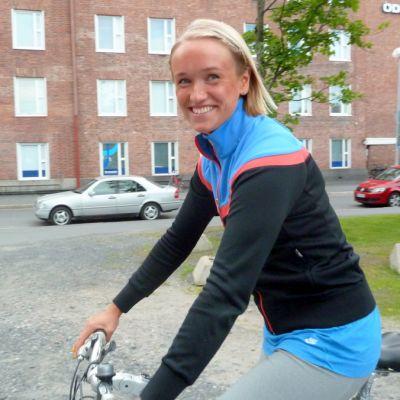 Liikunnanohjaaja Hanna Rutanen