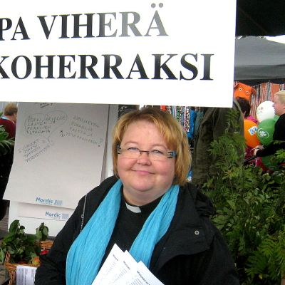 Sirpa Viherä valittiin Riihimäen kirkkoherraksi