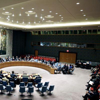 YK: n turvallisuusneuvosto.