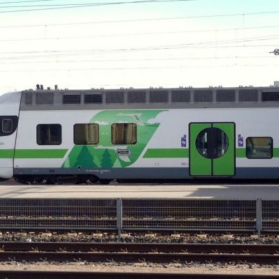 Taajamajuna pysähtynyt Riihimäen asemalle