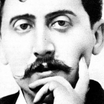 Kirjailija Marcel Proust vuonna 1900