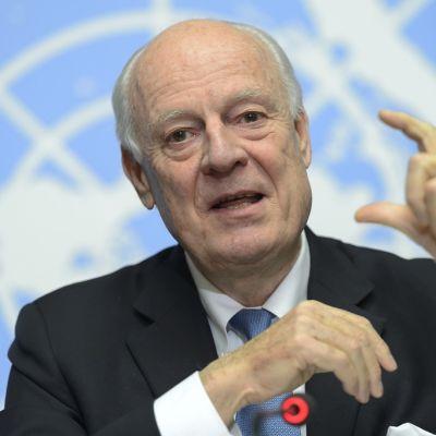 Staffan de Mistura esitteli torstaina, millainen askel Syyrian rauhanprosessissa on otettu.