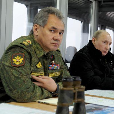 Vladimir Putin ja Sergei Shoigu