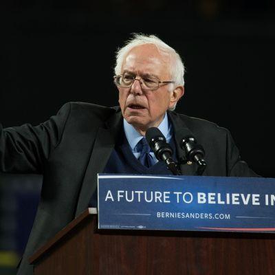 Bernie Sanders kampanjatilaisuudessa Seatlessa.