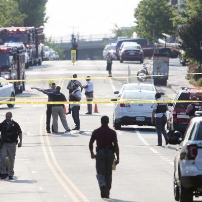 Poliisi on eristänyt Alexandrian ampumavälikohtauksen alueen.