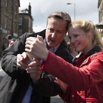 Konservativa går mot seger i Storbritannien