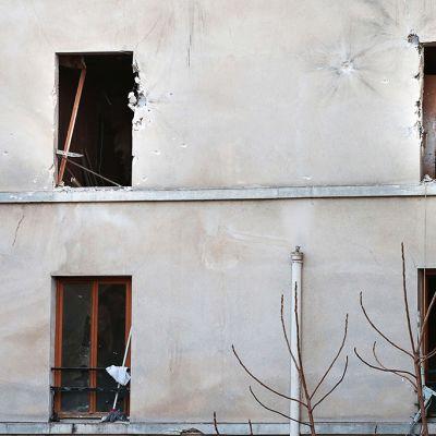 Tutkija Saint Denisissä Pariisissa asunnossa, johon poliisin erikoisjoukot tekivät rynnäkön.