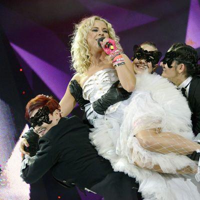Krista Siegfrids esitti Marry Me  -kappaleen Uuden Musiikin Kilpailun finaalin kenraaliharjoituksissa.