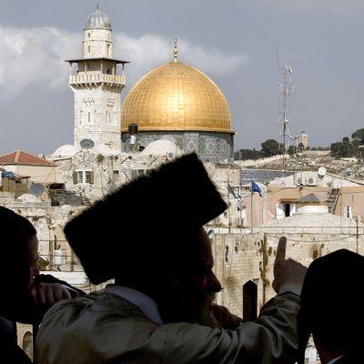 Kalliomoskeija Jerusalemin Temppelivuorella.