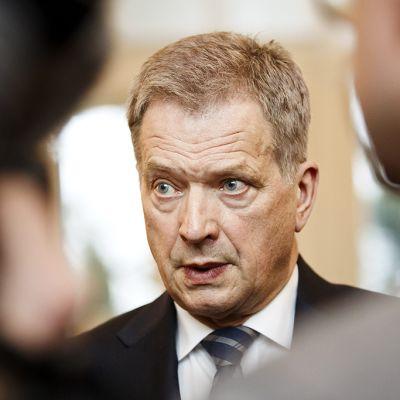 Tasavallan presidentti Sauli Niinistö Mäntyniemessä 30. maaliskuuta 2015.