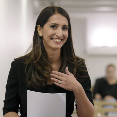 Sdp:n kansanedustaja Nasima Razmyar.
