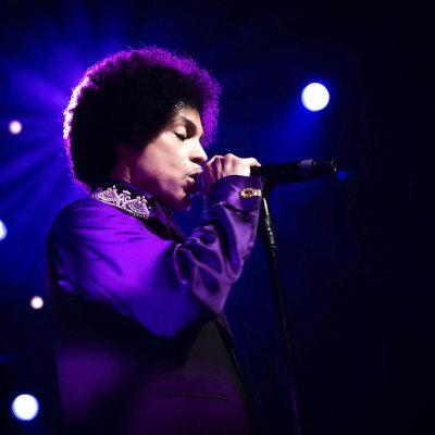 Prince esiintyi  Montreux Jazz Festivaaleilla Sveitsissä 14. heinäkuuta 2013.