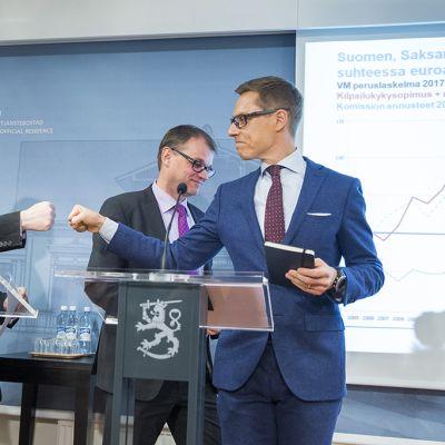 Jari Lindström, Juha Sipilä ja Alexander Stubb.