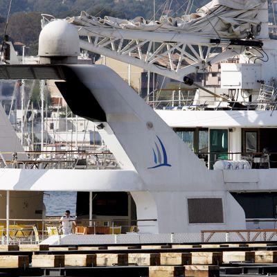 Ranskalainen luksusjahti Le Ponant La Ciotatin satamassa Ranskassa 27. huhtikuuta 2008.