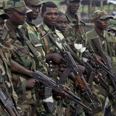 M23-kapinallisryhmän taistelijoita Kongossa.