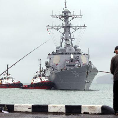 USS Stout  sotalaiva
