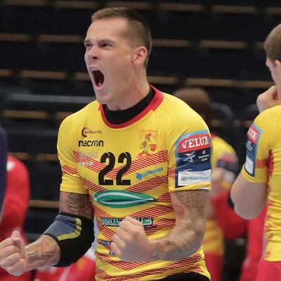 Nico Rönnberg jublar.