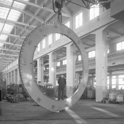 Rengas Strömbergin tehtaalla