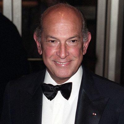 Oscar De La Renta vuonna 2000.