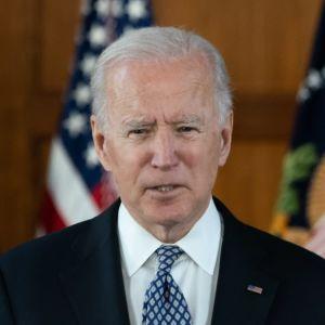 Presidentti Joe Biden ja varapresidentti Kamala Harris puhuvat Emory -yliopistolla.