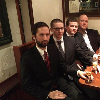 Viskipuolueen hallitus vasemmalta Riku Hyytiäinen, Juhani Kähärä, Tuomas Tiainen, Tuomas Jaanu.