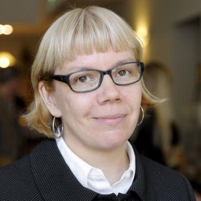 Elina Grundström tar över JNS
