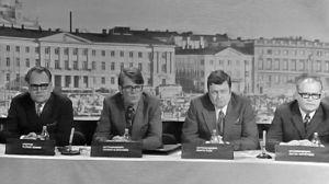 Keskustelijoita Kansalaisen tietolaari -ohjelmassa