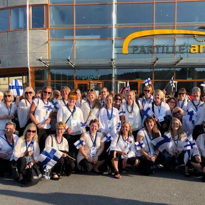 Sorja-kuoro kilpailumatkalla Ruotsissa.