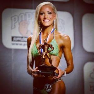 Camilla Back, trea i VM i fitness bikini