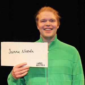 Janne Nietula osallistuu Seinäjoen Tangomarkkinoiden laulukilpailuun.