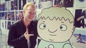 Huippusuositun Hullu hullumpi yläaste -animaatiosarjan 17-vuotias tekijä Tuomas Toivainen.