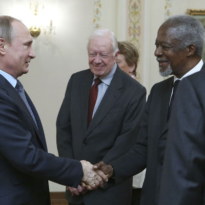 Gruppen The Elders träffade Rysslands president Vladimir Putin i Moskva den 29 april 2015.