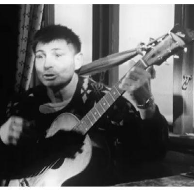 Laulaja ,laulemien tekijä, merisaamelainen Aksel Falsnes Jyykeanvuonolta Norjasta