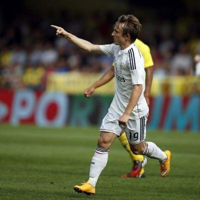 Luka Modric tuulettaa maalia