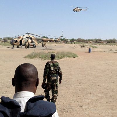 Tšadin armeijan helikoptereita.
