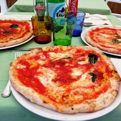 Pizza Napolissa.