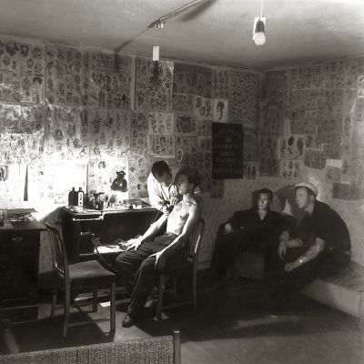 Kuvassa Tato Jackin legendaarinen studio Kööpenhaminassa.