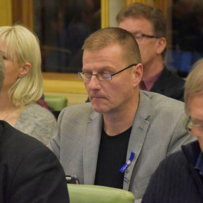 Palomies, kaupunginvaltuutettu Petri Huru (ps.) Porin valtuustossa 12.11.2018