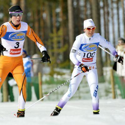 Annemari Sandell-Hyvärinen ja Susanna Saapunki
