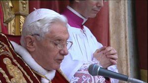 Påven framför julhälsningar 25.12.2010