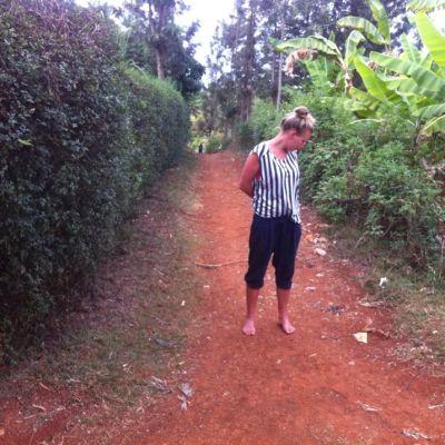 Meeri Niinistö Keniassa.