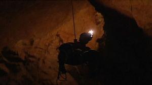 grottforskare i grotta