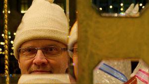 Mika Koivusalo on kiinnostunut karusellien musiikkikoneistoista.