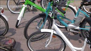 Jopo-cyklar på Senatstorget